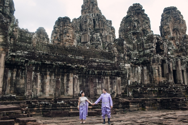 destinationweddingphotographercambodiabaliweddingphotograhergreenweddingshoes3